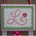 Scallop Border Hairbow Holder, with Monogram initial...click to enlarge